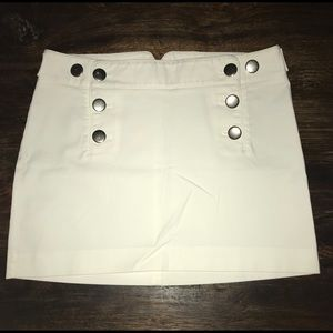 Express Design Studio White Mini Skirt Size 10
